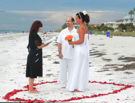 Kissing fish affordable casual wedding ceremonies and for Renew florida fishing license